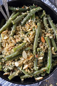GREEN BEANS WITH TOASTED GARLIC BUTTER BREADCRUMBS AND ALMONDS