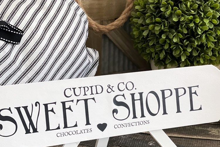 CUPID & CO. SWEET SHOPPE ARROW