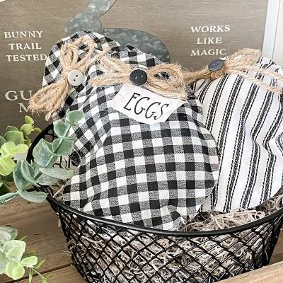 No Sew Mini Egg Pillows – Free Pattern and Printable