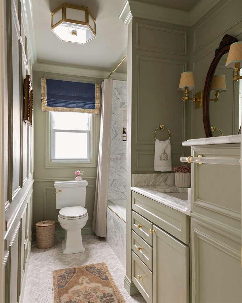 glass of bovino french gray vert de terre bathroom-reveal-in-phtooshop-1