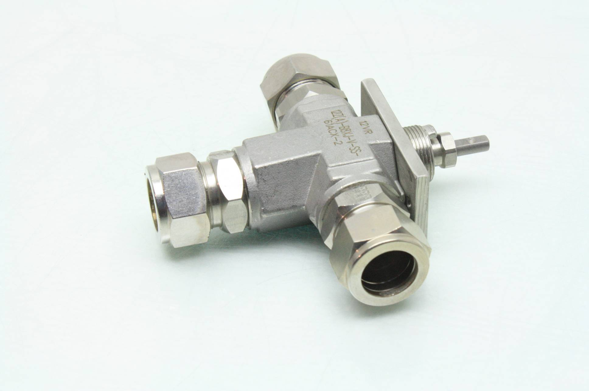 4 way ball valve the basic ear diagram label parker 12z a b8xj v ss 61acx 2 stainless steel 3