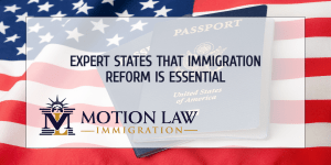 Director of recognized institute comments on immigration reform