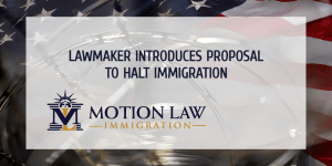 Lawmaker introduces bill to substantially curb immigration