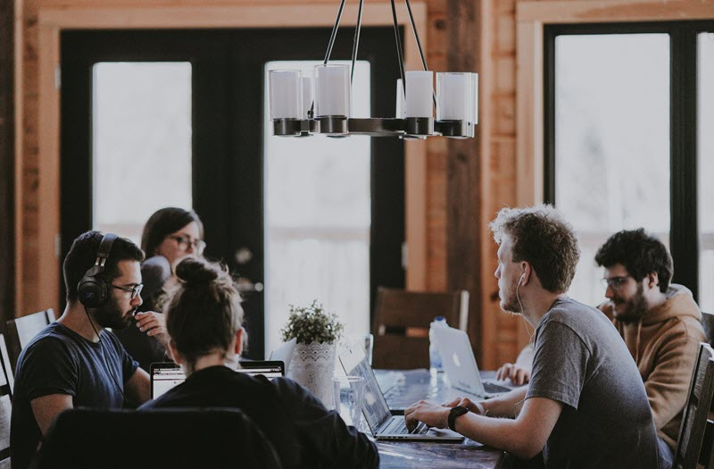 Conversations You Should Have Every Week With Your Leadership Team