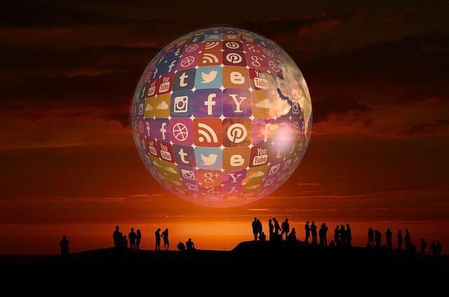 Social Media for Self Improvement | Enhance Self Controlling Power - Motivational Blogs - Motivation N You
