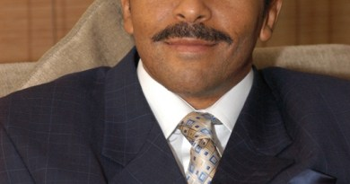 Dr David Molapo