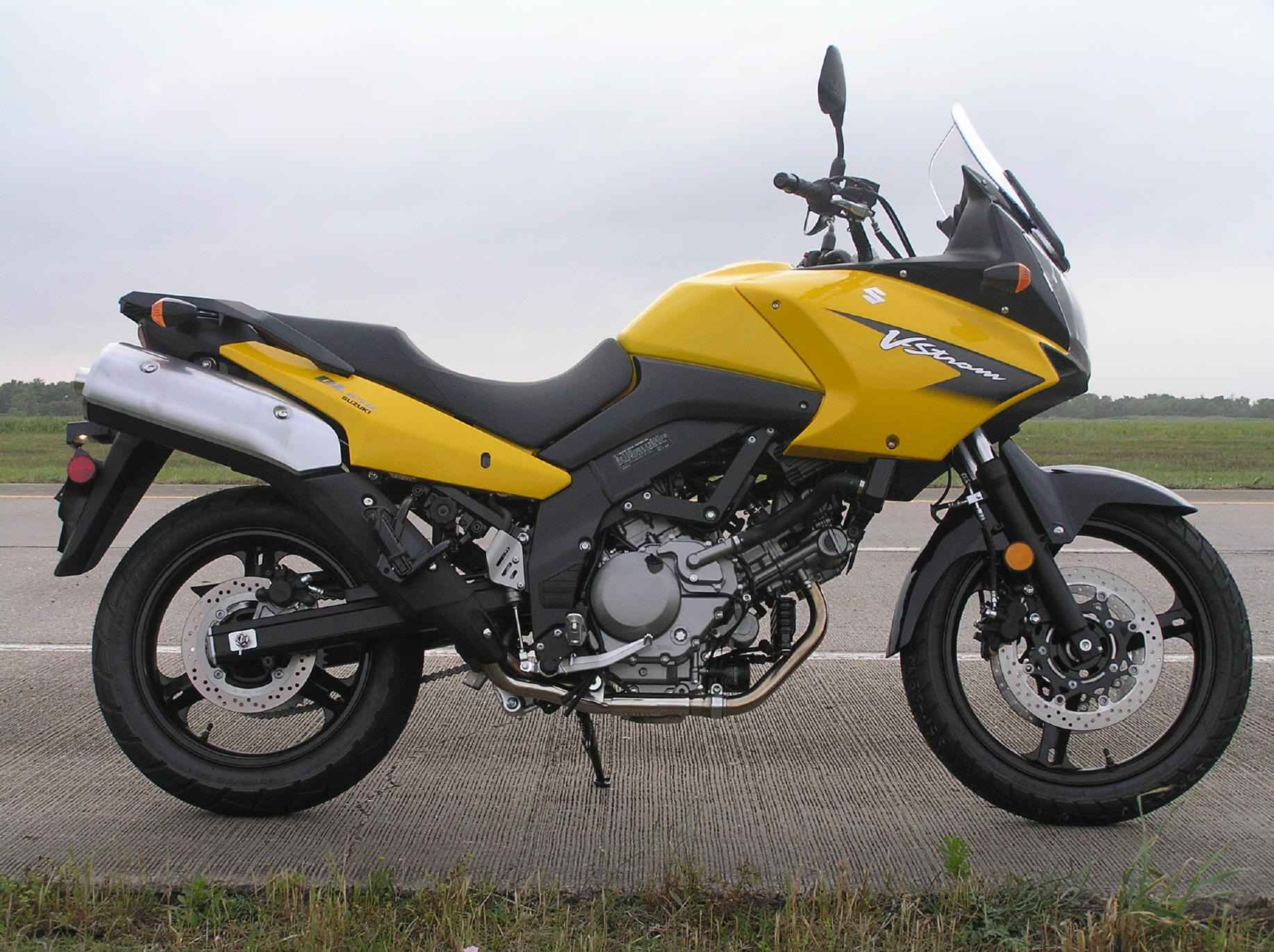 hight resolution of there is really no way to describe the emotional feelings that a brand new motorcycle can evoke it s really sweet man my girlfriend probably summed it up
