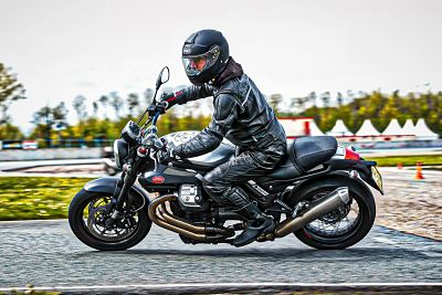 2 the experience circuit trainingen professionele partners van moto maestro