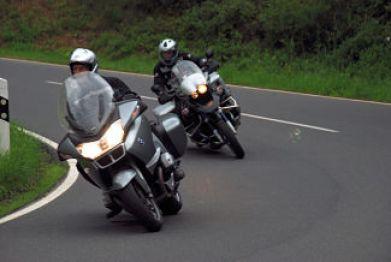 Ruimtekussen en ruimte rijden - Moto Maestro Motortrainingen