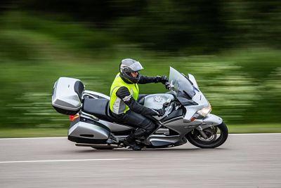 Motorrijles bij Detlef Rijopleidingen - Moto Maestro Motortrainingen