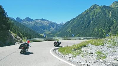 moto balades pyrenees