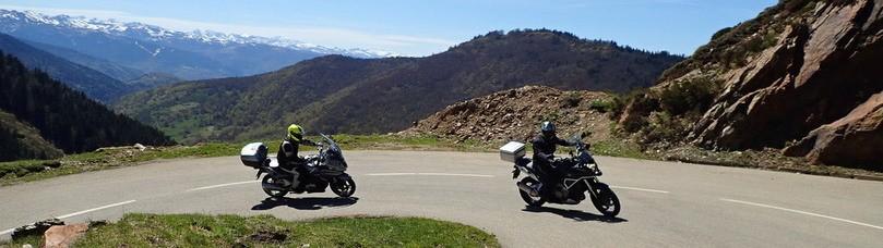 Pendant le voyage moto pyrenees ont fait des beaux souvenirs