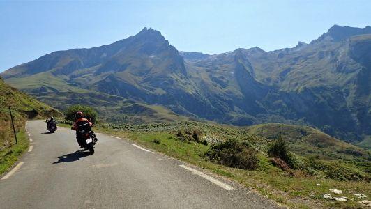 Nos voyages moto dans les Pyrénées : accessibles pour tous