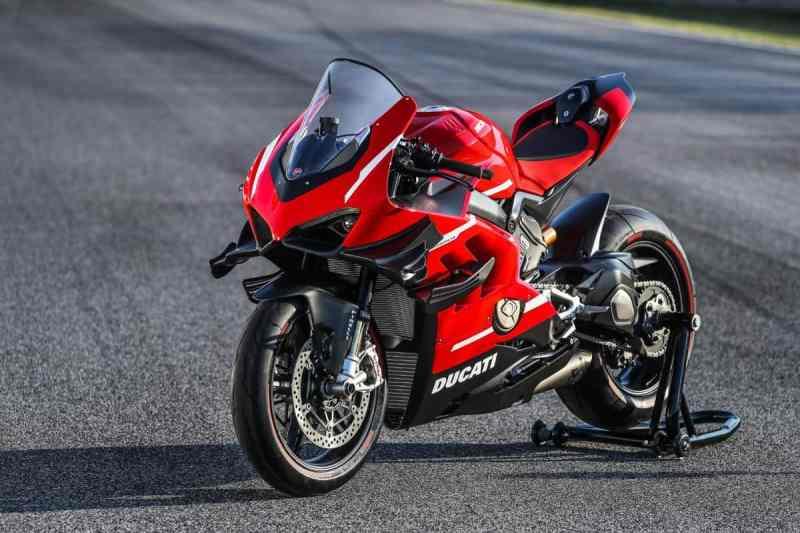 motocicleta Ducati Superleggera V4
