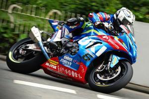 All-New Suzuki GSX-R1000 at Senior TT Race of Isle of Man TT