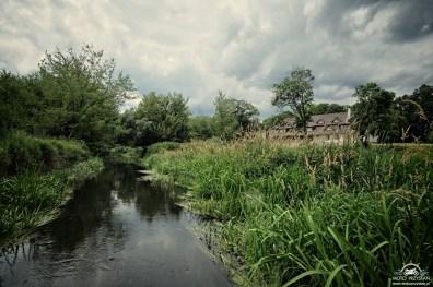 Dwór Strzyżew od strony rzeki