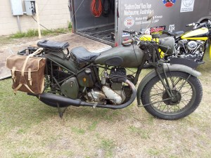 <military bsa motorcycle>