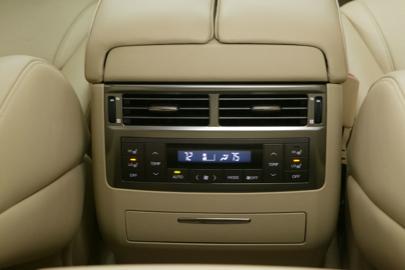 Salón de Nueva York: Lexus LX570
