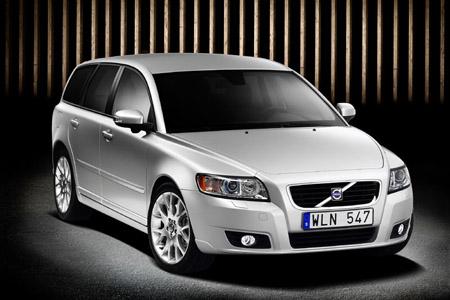 Volvo presenta el nuevo S40 y V50