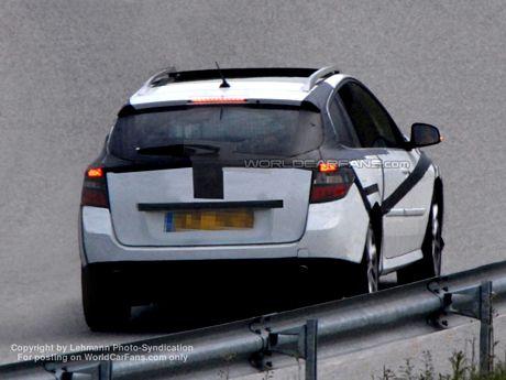 Renault Laguna 2008, luz al final de túnel