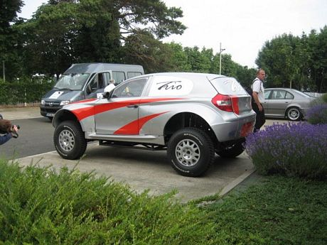 El BMW Serie 1 Monster Truck participará en el Dakar 2008