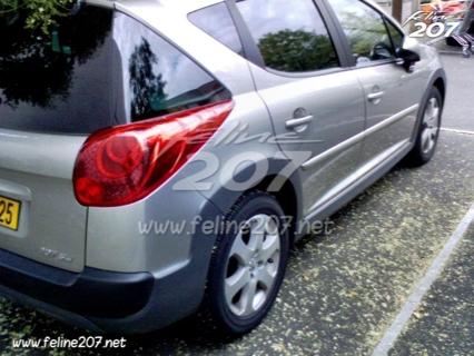 Peugeot 207 SW Outdoor, fotos espía
