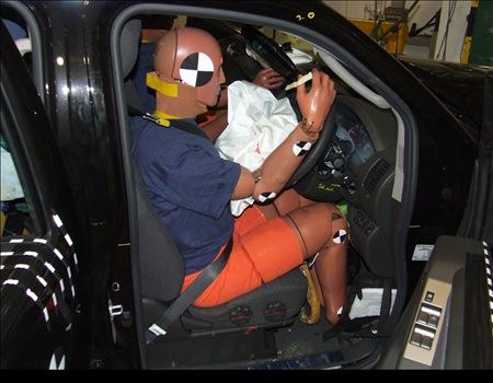 Nissan mejora la seguridad del Navara y vuelve a Euro NCAP