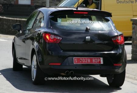 SEAT Ibiza Cupra, fotos espía al descubierto