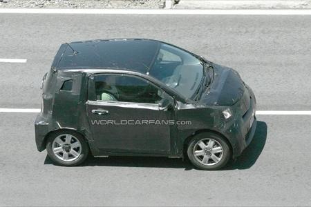 Nuevas fotos espía del Toyota iQ