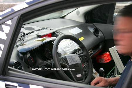 Nuevas fotos espía del Opel Meriva