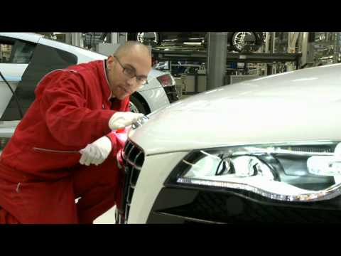 All New Audi R8 Spyder 2011 Production Plant