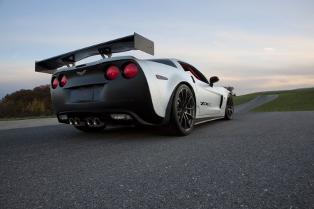 chevrolet_corvette_z06x_track_car_concept-06