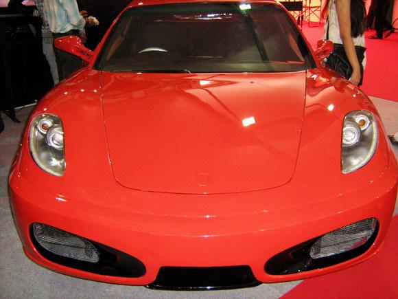 Toyota-Corolla-Ferrari-Replica-16