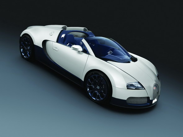 White_Matt_-_Blue_Carbon_(SHANGHAI_2011)_Grand_Sport_EXTERIOR_o