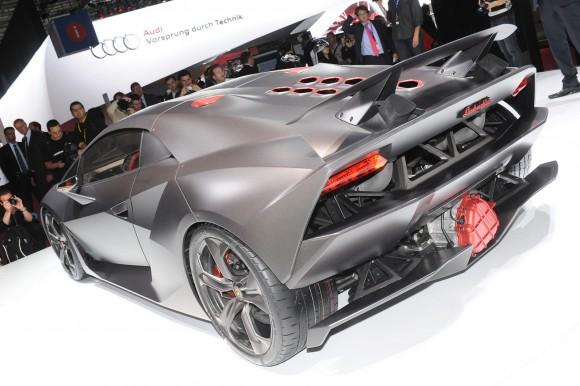 Lamborghini-Sesto-El-9