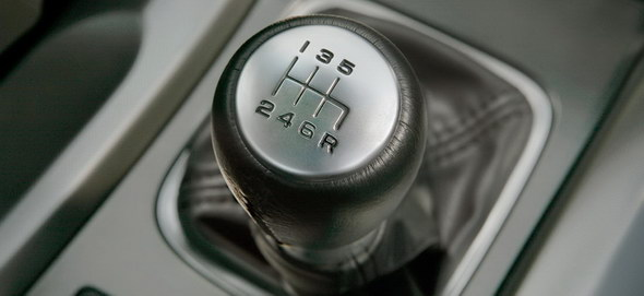 538998-manual-gearboxes-could-be-thing-past-for-world-s-supercars.1-lg