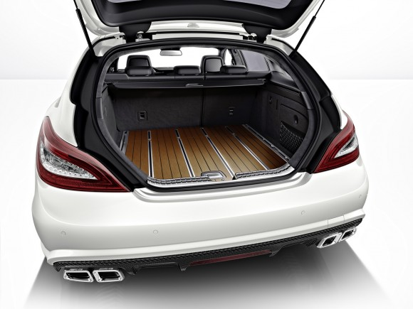 Mercedes CLS63 AMG Shooting Brake en vídeo