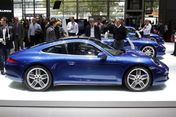 París 2012: Porsche 911 Carrera 4 y 4S