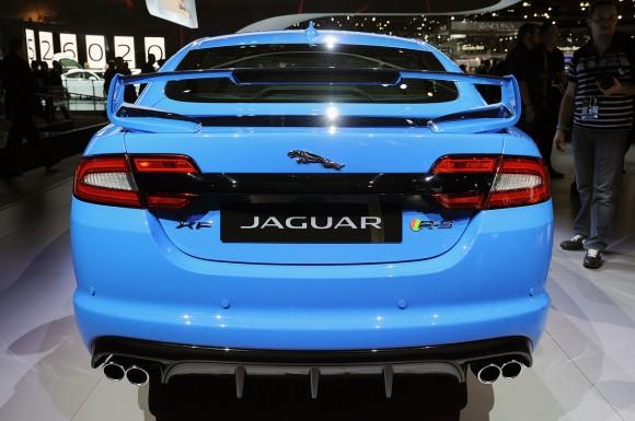 06-2014-jaguar-xfr-s-la