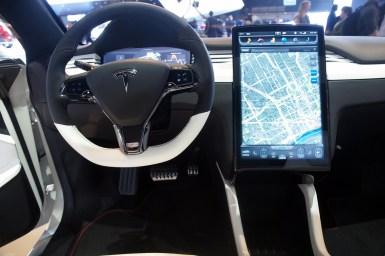 Detroit 2013: Tesla Model X