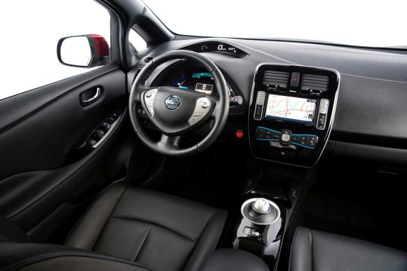 Nissan presenta el Leaf 2013 para Europa