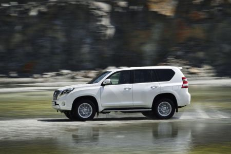 toyota-land-cruiser-2014-3
