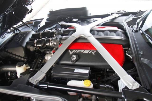 Oficial: SRT Viper GTS Venom 700R