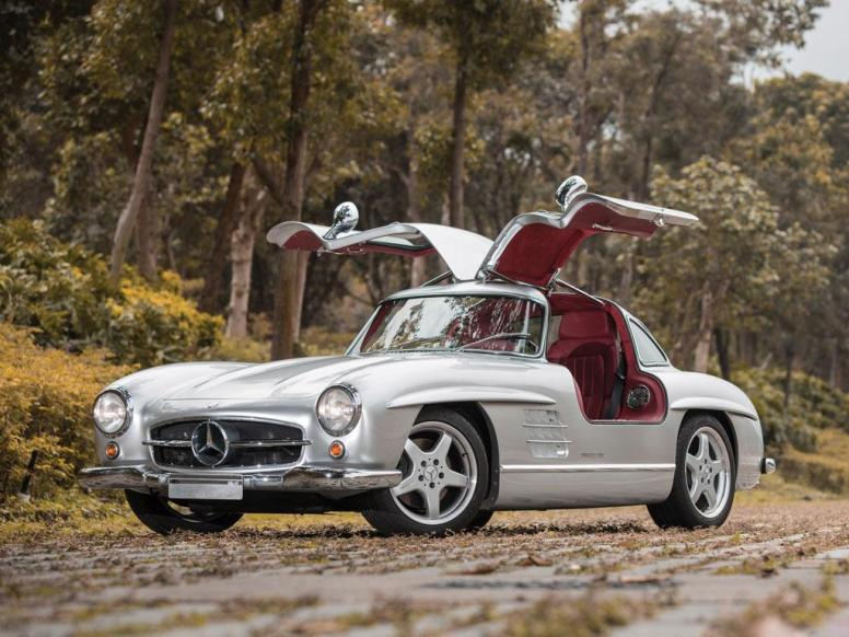 A subasta un Mercedes-Benz 300 SL modificado por AMG