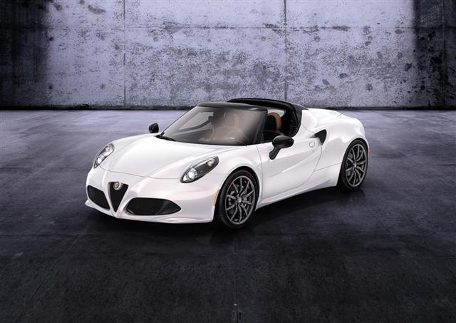 Alfa Romeo 4C Spider, ya es oficial 3
