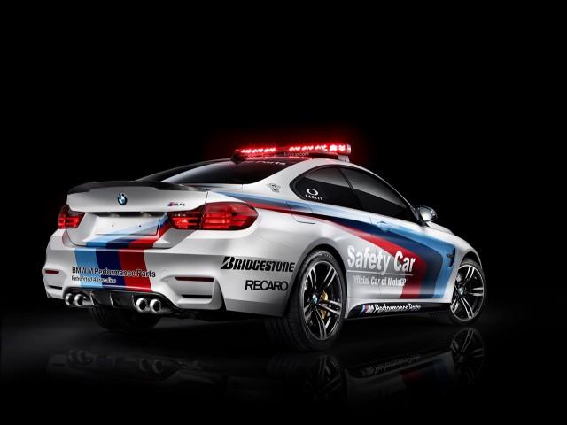 BMW M4 se estrena como coche de seguridad en MotoGP 3