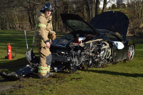 Destroza un Ferrari 458 Italia a sus 18 años cuando lo probaba 4