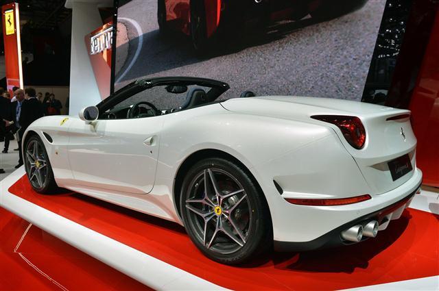 Ginebra 2014: Ferrari California T 4