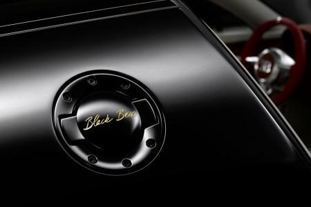 Bugatti-Legend-Black-Bess-17