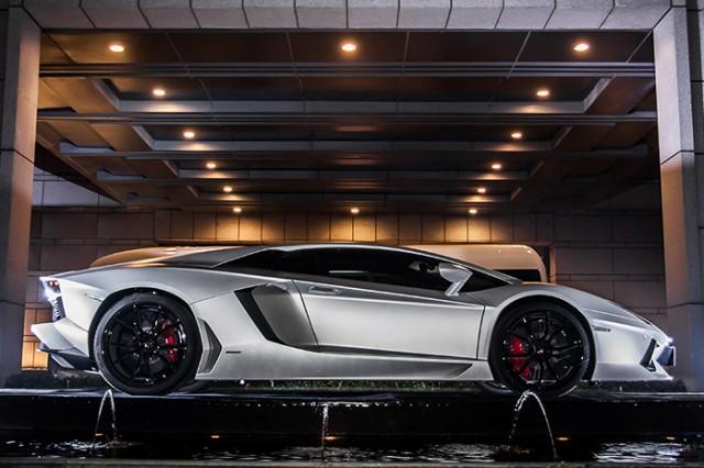 Un Lamborghini Aventador muy especial para Jackie Chan 2